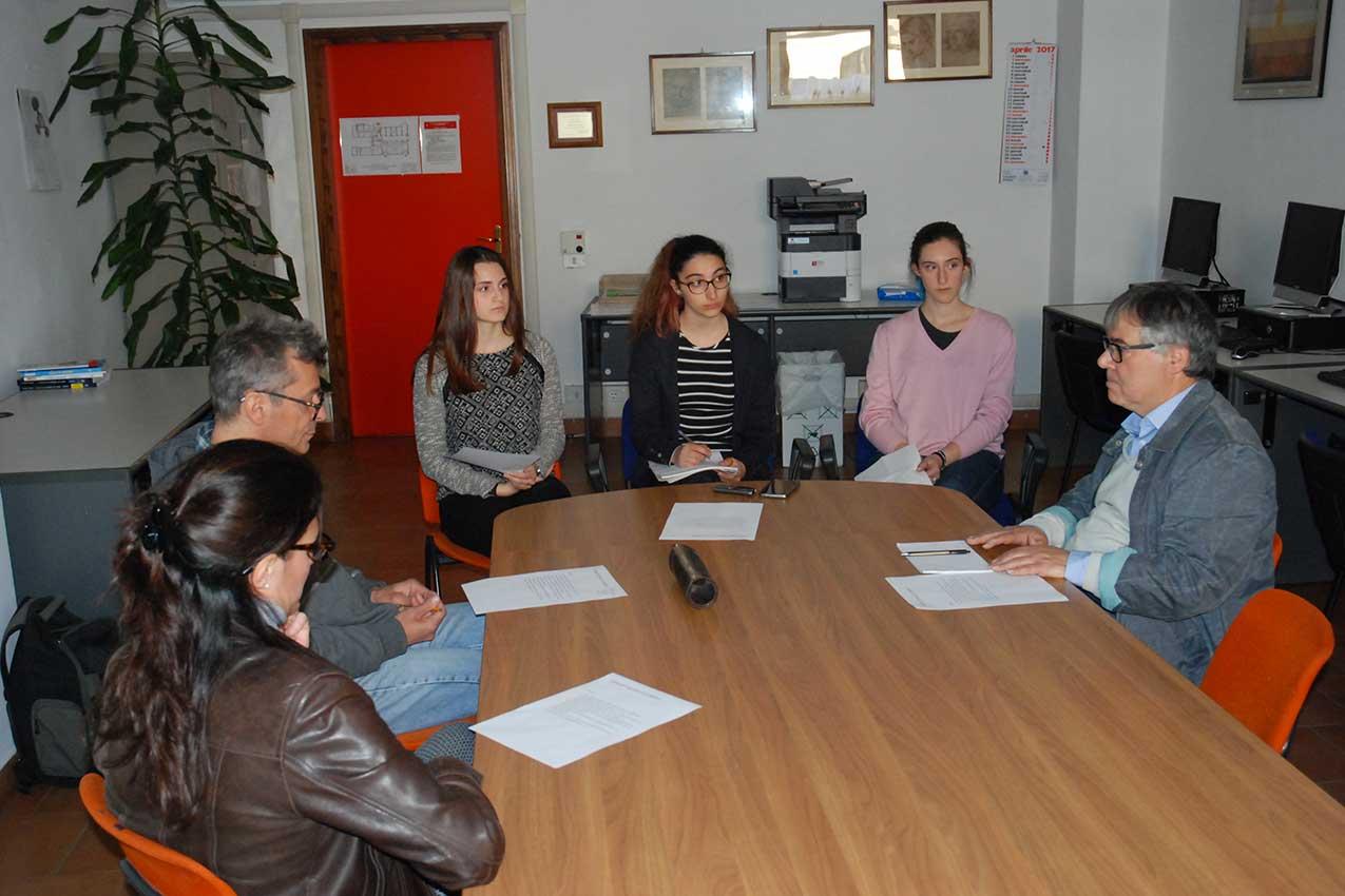2017-04-20 Forum nella redazione di Notizie in Frac al liceo Fracastoro (Verona)